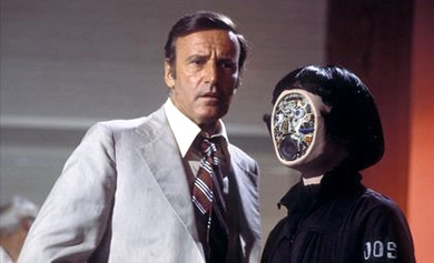 oscar goldman and a fembot